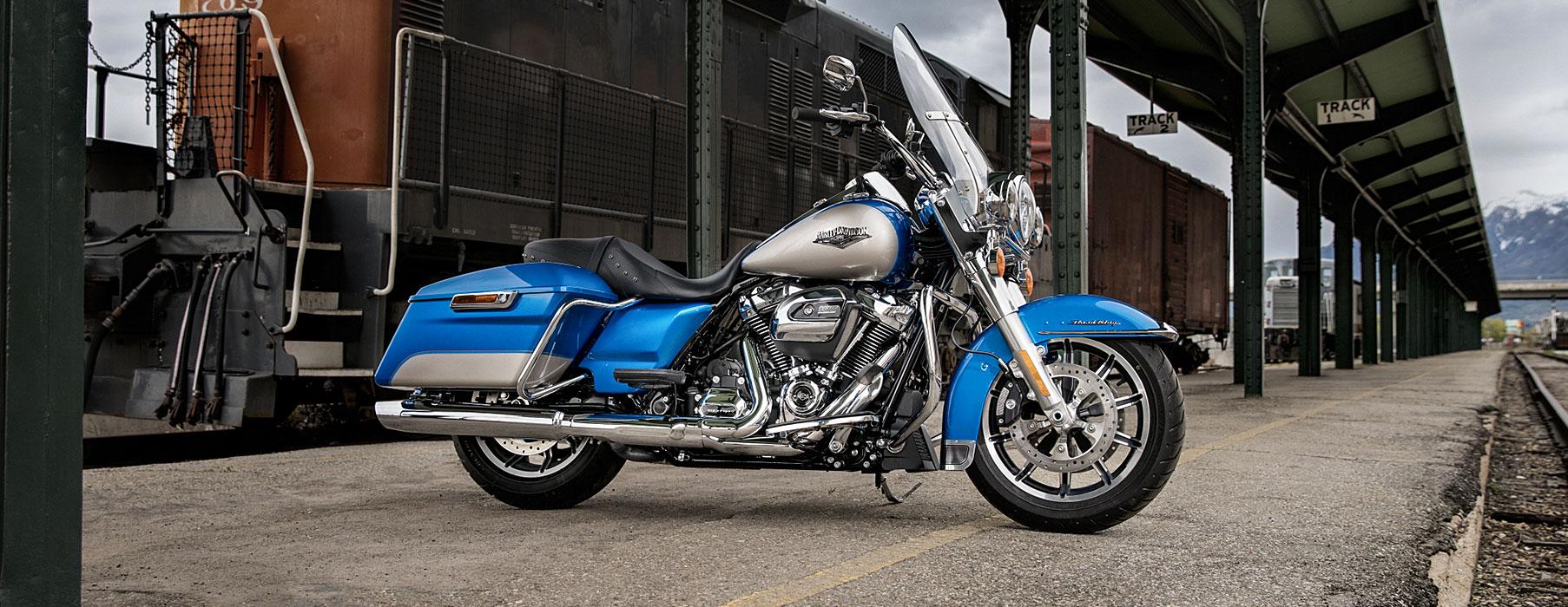 HARLEY-DAVIDSON FLHR ROADKING 2018    -「Webike摩托車市」