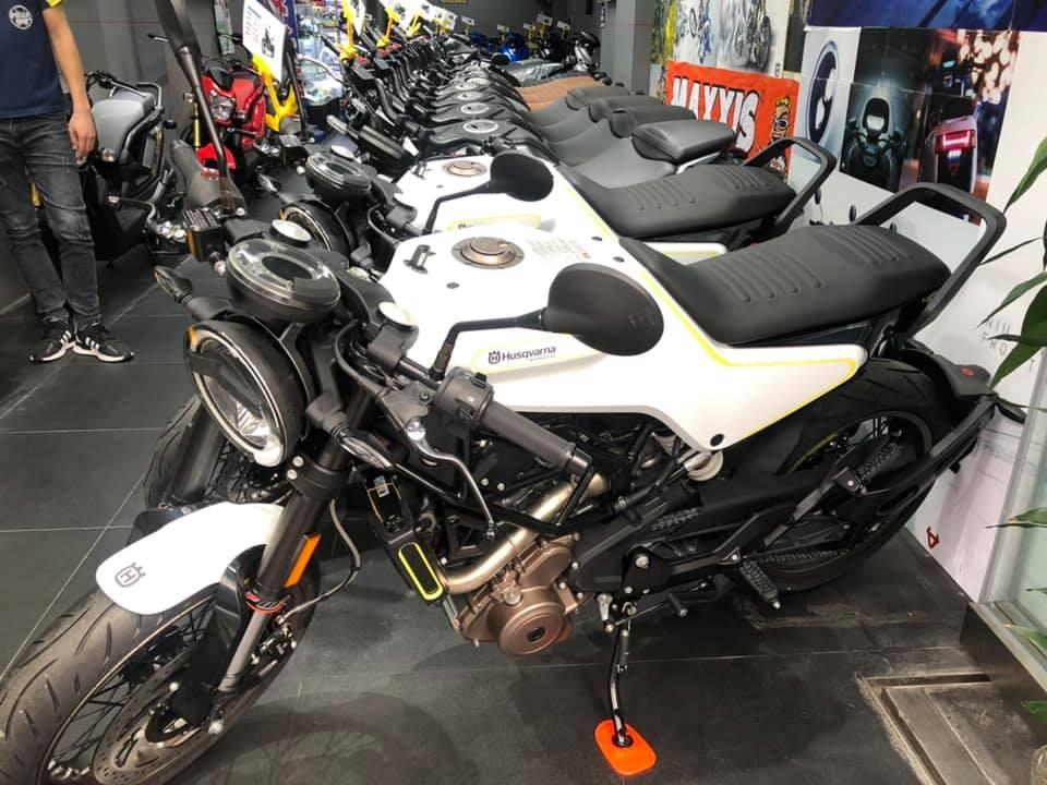 【創楓汽車有限公司 CHONG FUNG MOTOR LTD】 HUSQVARNA VITPILEN 401 二手車 2019年 - 「Webike摩托車市」