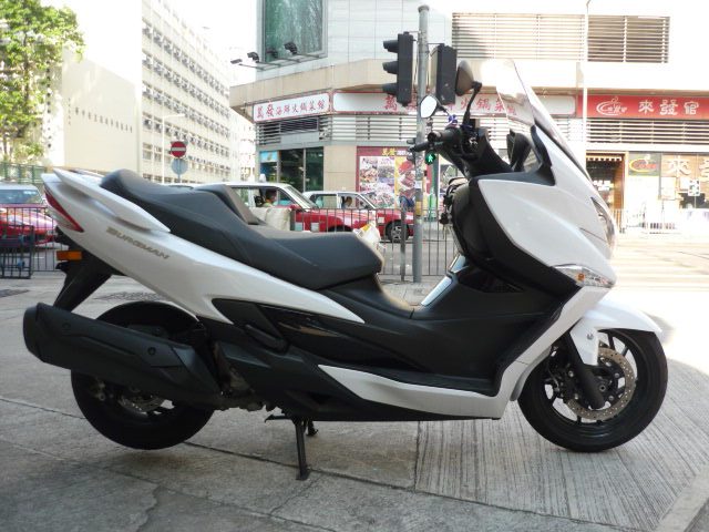 SUZUKI Burgman 400 (SKYWAVE400) 2018    -「Webike摩托車市」